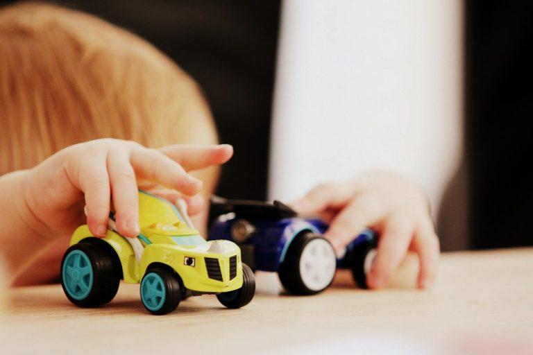 Zabawkowa kuchnia dla dzieci – jaką kupić?