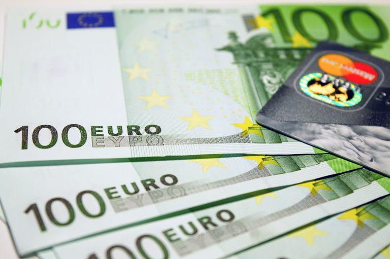 Jakie wymogi musi spełnić osoba ubiegająca się o kredyt hipoteczny?